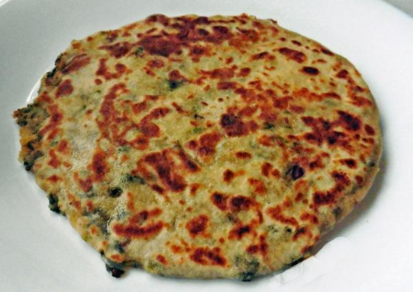 Bathua-Alu (Potato & Lambsquarter) Stuffed Paratha